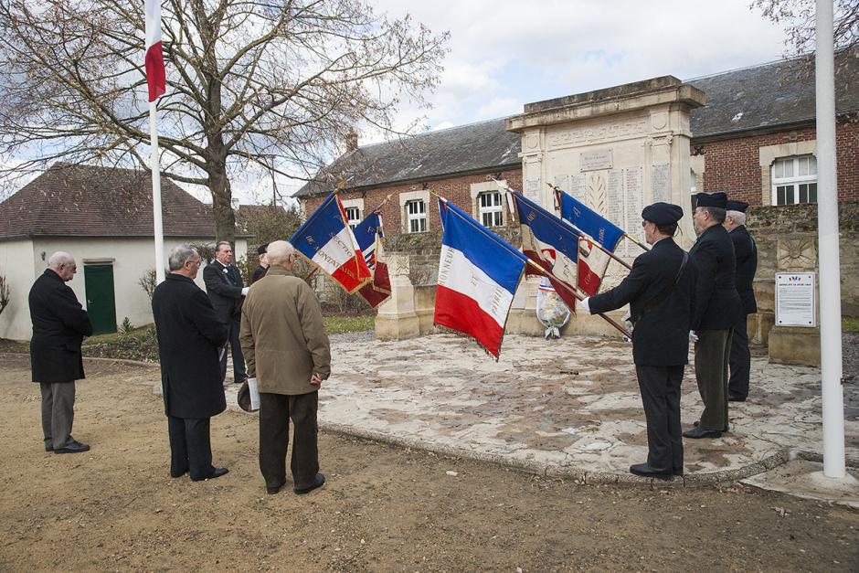 Le PCF organise la commémoration du cessez-le-feu en Algérie - Nogent-sur-Oise, 19 mars 2013